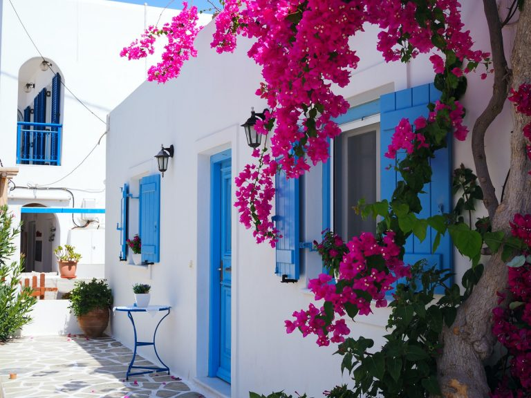 White house in Greece