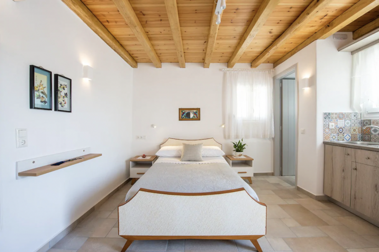 Paros Budget Airbnb